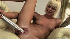 Nasty blonde, White Angel, grew wings as she fucked a Red Bull can