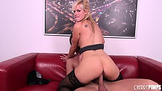 Tara Lynn Fox goes for the 69er then rides him like a crazy cowgirl