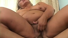 Mature plumper enjoying the time of her life in the company of a hung man